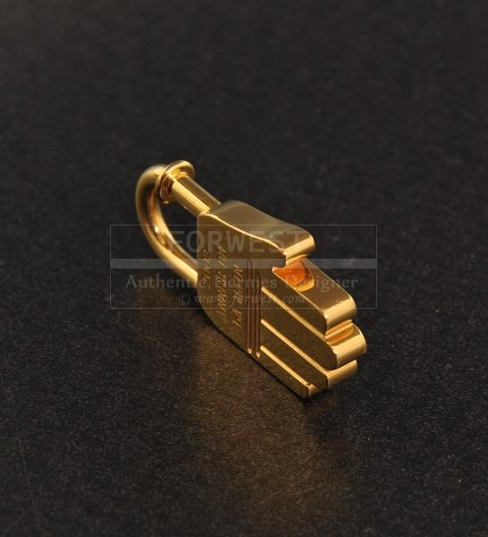 Authentic Hermes Charm Cadena Lock Gold Tone Hand H243