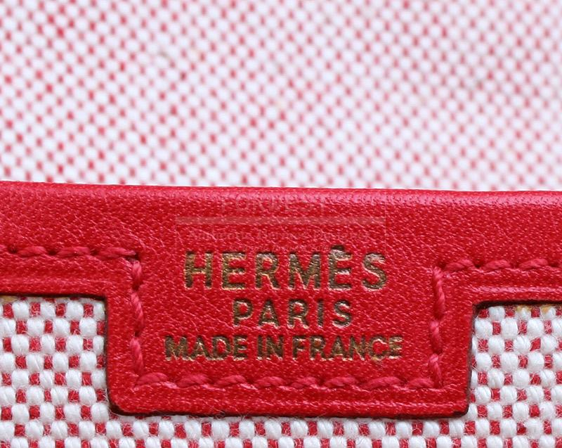 Authentic Hermes Jige PM Red Clutch Bag