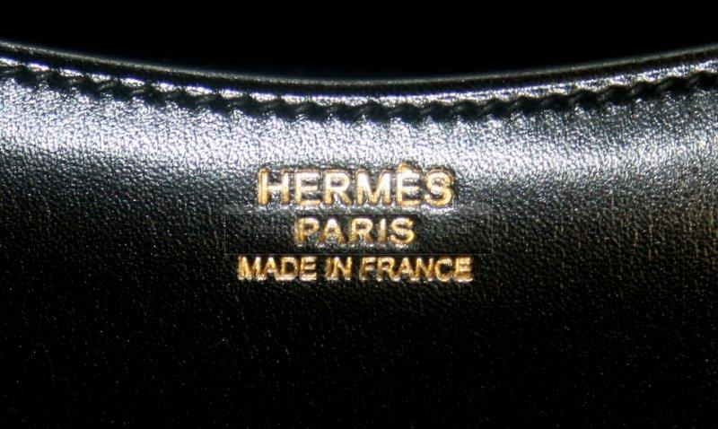 Authentic Hermes Noir Sac Passe Guide