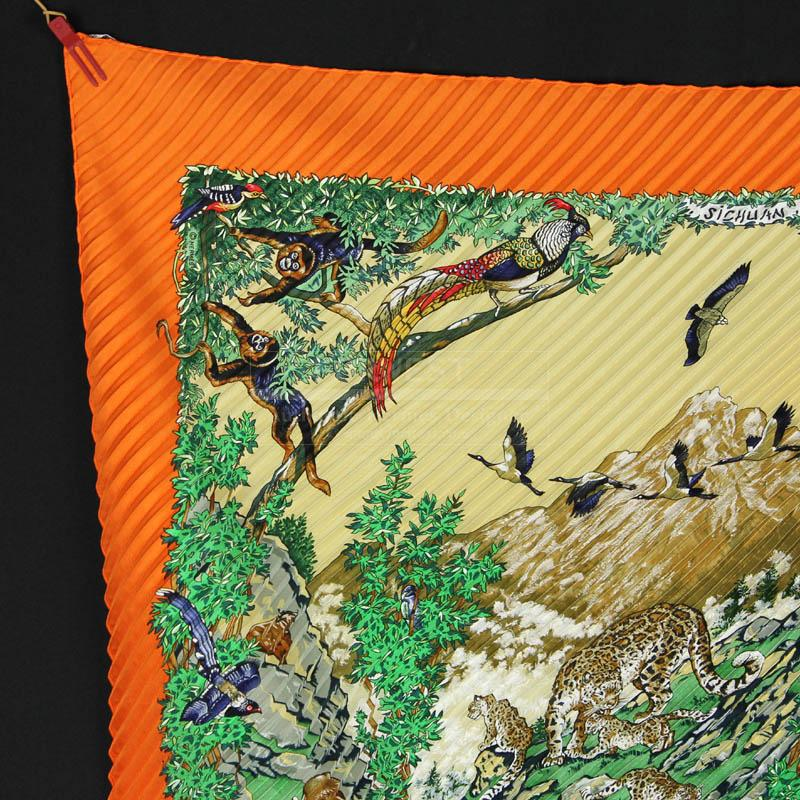 Authentic Hermes Plisse Scarf Sichuan W Box In Pristine Cond