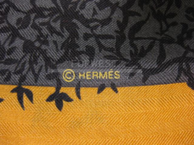 Authentic Hermes Stole Les Girafes Cashmere Silk Scarf