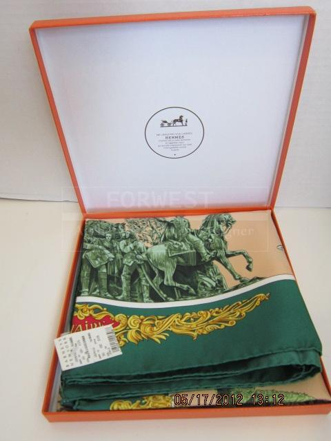 Authentic Stunning Rare Hermes A Paris Silk Scarf